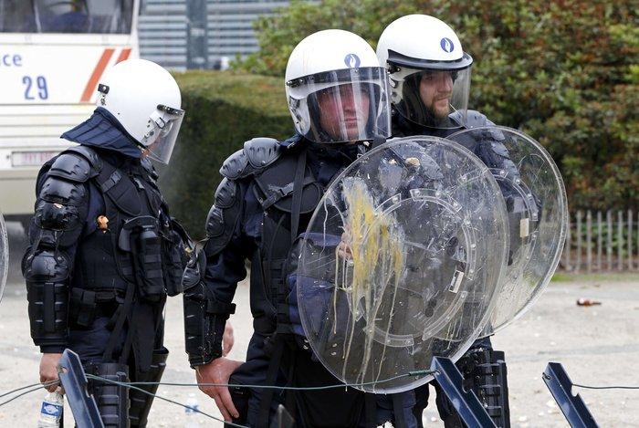 5000 αγρότες σε πορεία διαμαρτυρίας στις Βρυξέλλες ζητούν τη στήριξη της ΕΕ - εικόνα 5