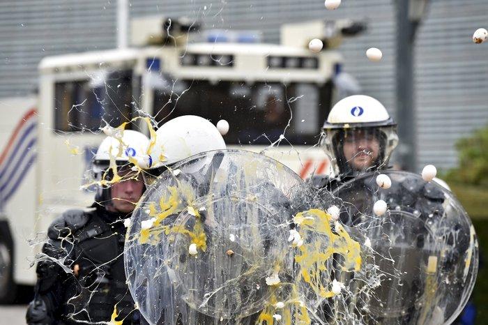 5000 αγρότες σε πορεία διαμαρτυρίας στις Βρυξέλλες ζητούν τη στήριξη της ΕΕ - εικόνα 7