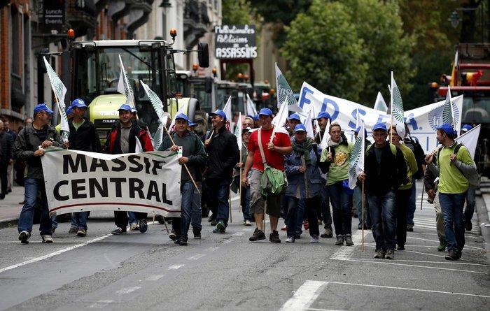 5000 αγρότες σε πορεία διαμαρτυρίας στις Βρυξέλλες ζητούν τη στήριξη της ΕΕ - εικόνα 11