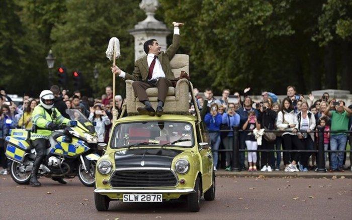 Τα θεότρελα γενέθλια του Mr Bean στους δρόμους του Λονδίνου (βίντεο)