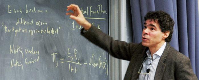 Ενας Ελληνας διάσημος από το Yale σύμβουλος του Μαξίμου - εικόνα 2