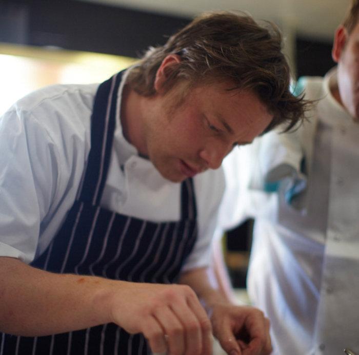Φόρο... ζάχαρης προτείνει ο Jamie Oliver - εικόνα 2