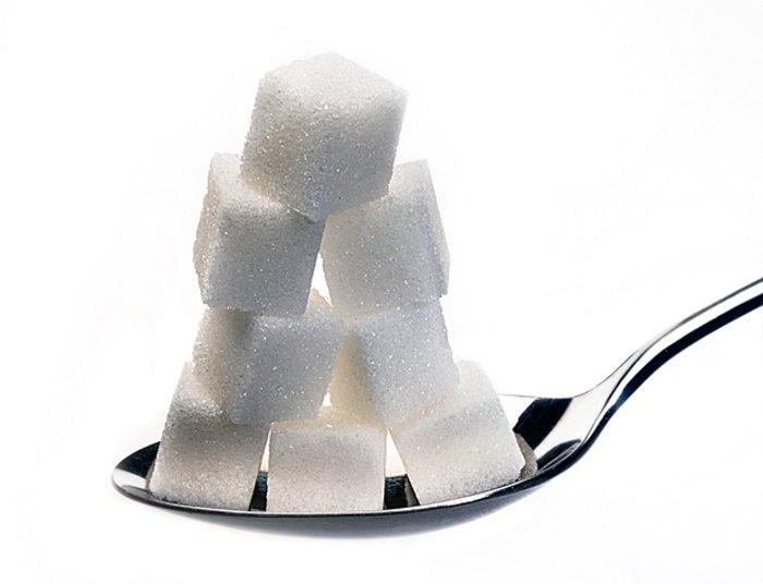 Φόρο... ζάχαρης προτείνει ο Jamie Oliver