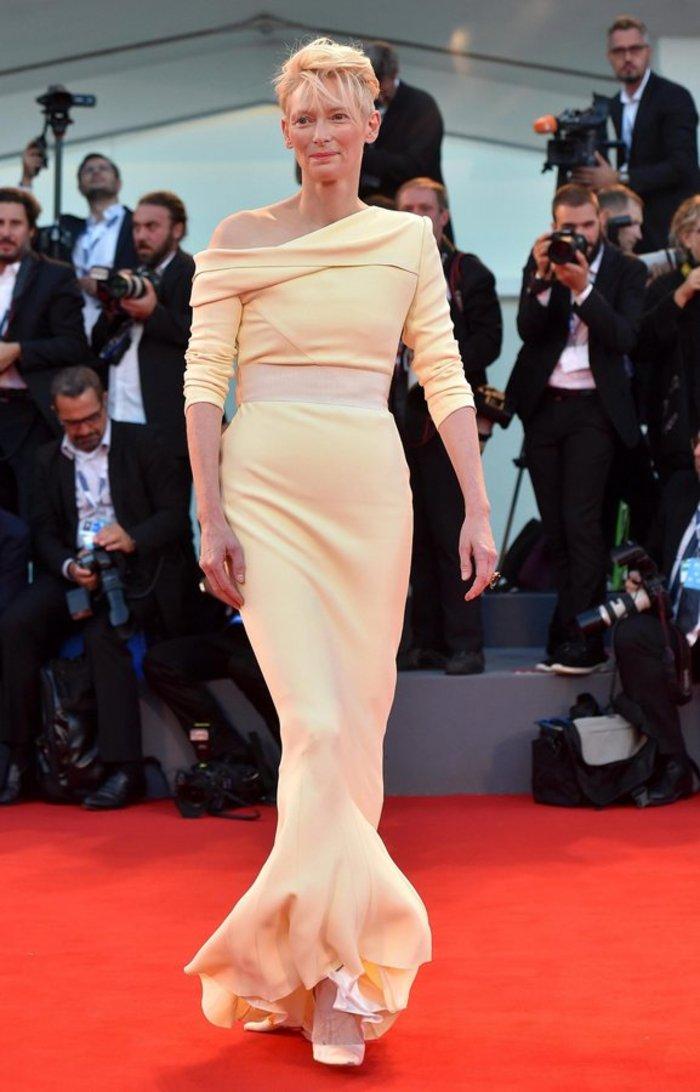 Η Τίλντα Σουίντον στην πρεμιέρα της ταινίας A Bigger Splash