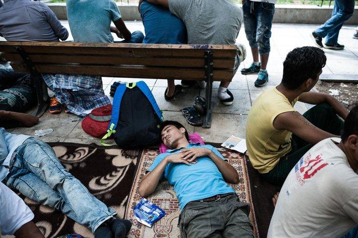 Καταυλισμός μεταναστών η Πλατεία Βικτωρίας - εικόνα 3