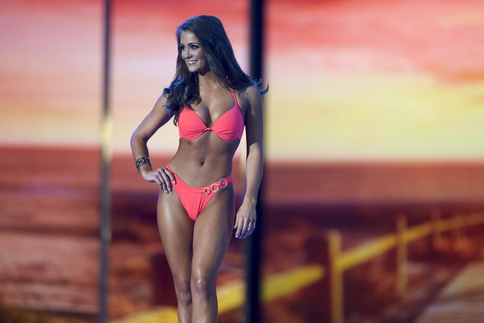 H Miss Tennessee, Robison