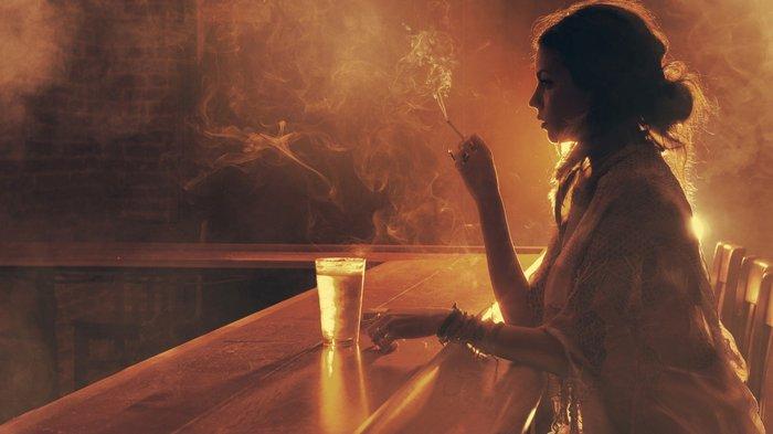 Το ξύλο στο μπαρ του Κορυδαλλού «έπεσε» για μια γυναίκα