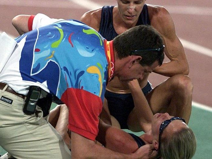 Η κατάρρευσή της στους Ολυμπιακούς αγώνες του Σίδνεϊ, πριν από τον τερματισμό