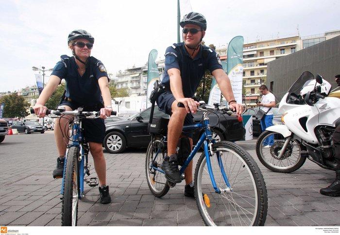Αστυνομικοί με ποδήλατα & βερμούδες: Έρχονται Ακρόπολη