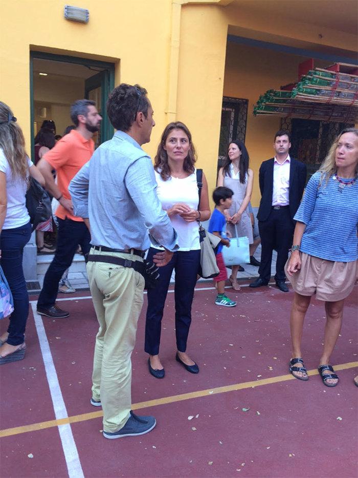 Η Περιστέρα και ο Τσίπρας Jr πρώτη μέρα στο σχολείο - εικόνα 3