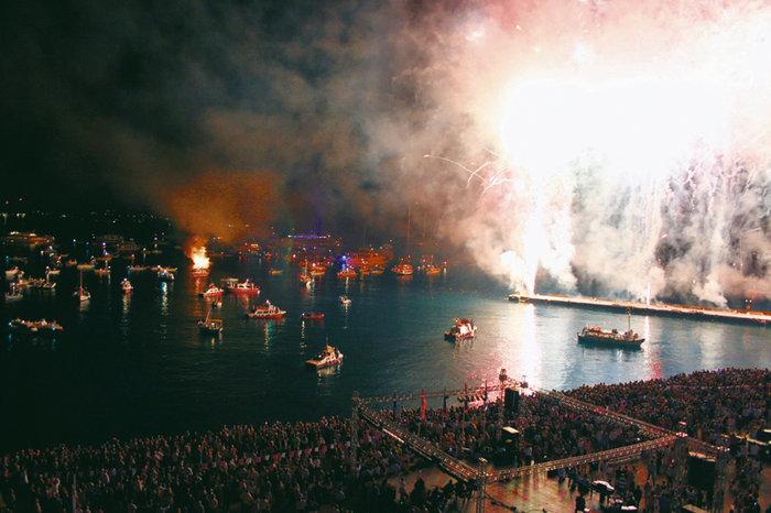 Αρμάτα στις Σπέτσες: Η κορυφαία γιορτή του νησιού - εικόνα 8