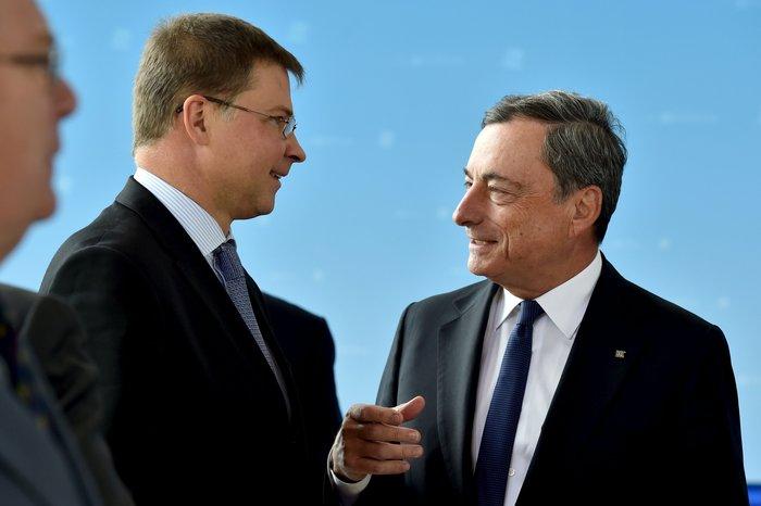 Μήνυμα από το Eurogroup: Να εφαρμοστούν όσα συμφωνήσαμε - εικόνα 8