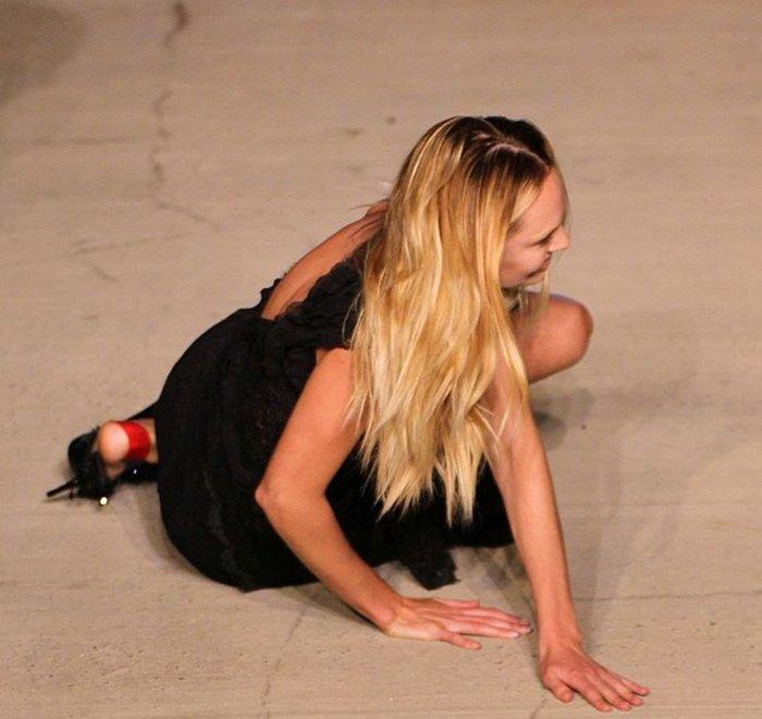 Ο Άγγελος της Victoria Secret που έπεσε στην πασαρέλα - εικόνα 2