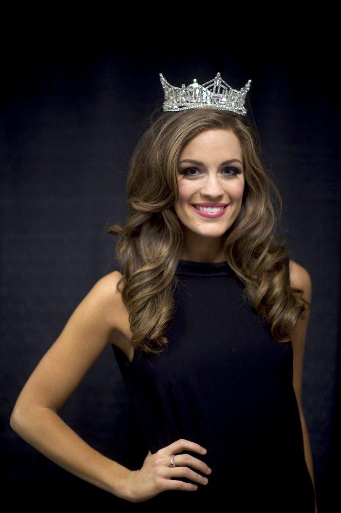 Η νέα Miss USA είναι Ελληνίδα, είναι καλλονή και τη λένε Μπέτι από Βασιλική - εικόνα 3