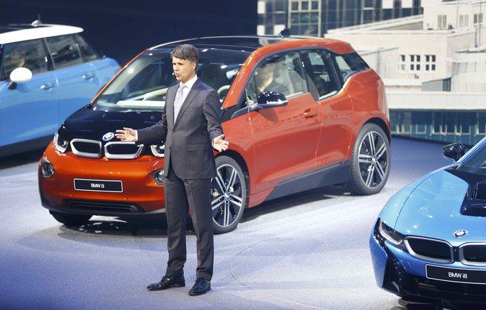 Η επεισοδιακή επίσημη... πρώτη του CEO της BMW
