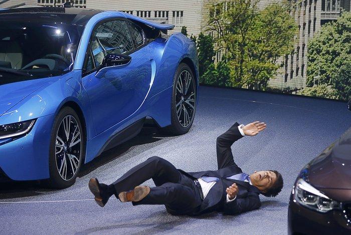 Η επεισοδιακή επίσημη... πρώτη του CEO της BMW - εικόνα 3