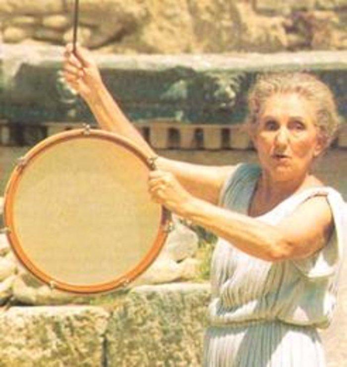 Πέθανε η εμβληματική ιέρεια της Αρχαίας Ολυμπίας Μαρία Χορς