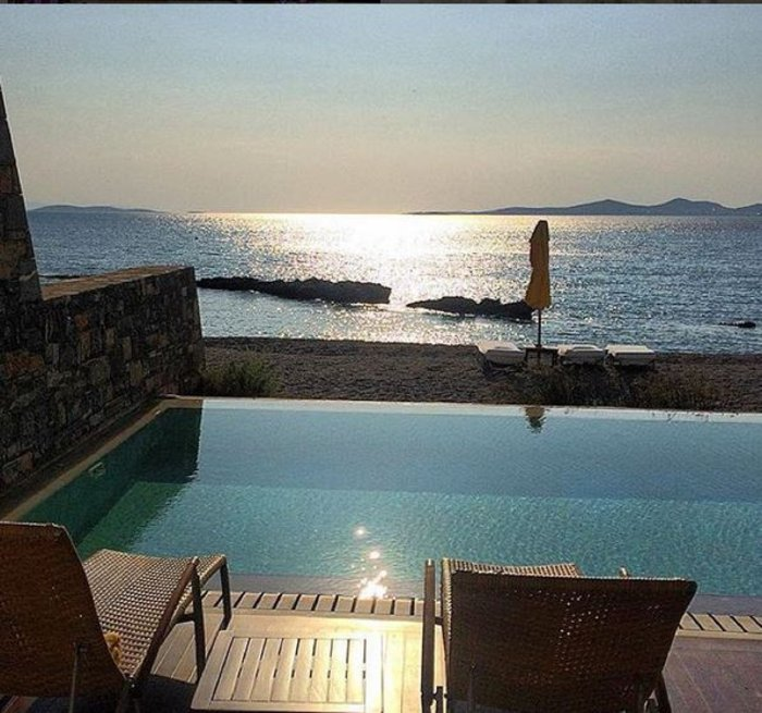 Ελληνικό θέρετρο στα ακριβότερα του κόσμου με 50.000 ευρώ τη βραδιά! - εικόνα 2