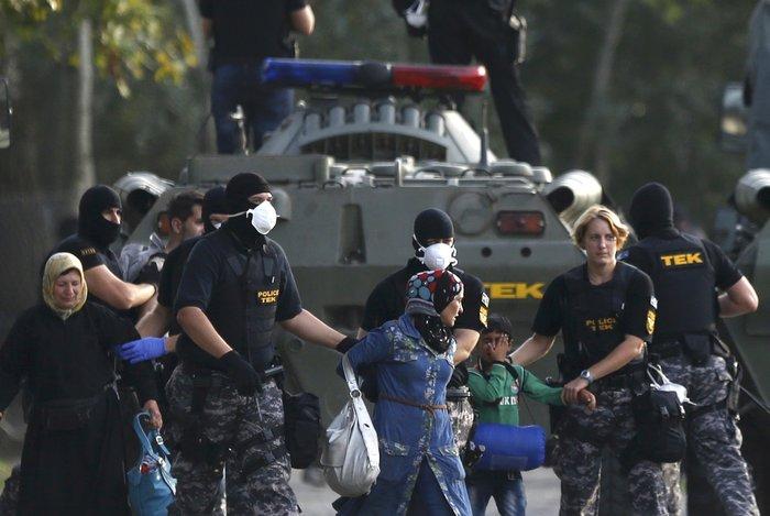 Διεθνής κατακραυγή για τα έκτροπα στον ουγγρικό φράκτη