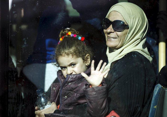 Πάνω από 7.000 πρόσφυγες σε τρεις μέρες στη Λέσβο (φωτο) - εικόνα 2