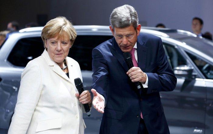 Η Μέρκελ εγκαινίασε την ΄Εκθεση Αυτοκινήτου Φρανκφούρτης. Δείτε φωτογραφίες - εικόνα 6