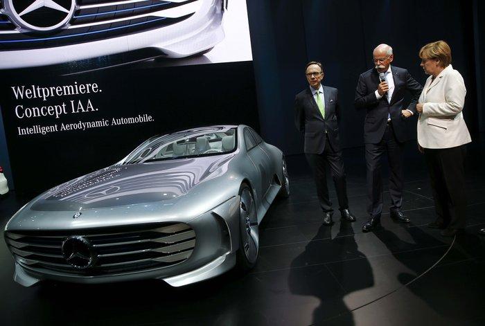 Η Μέρκελ εγκαινίασε την ΄Εκθεση Αυτοκινήτου Φρανκφούρτης. Δείτε φωτογραφίες - εικόνα 9