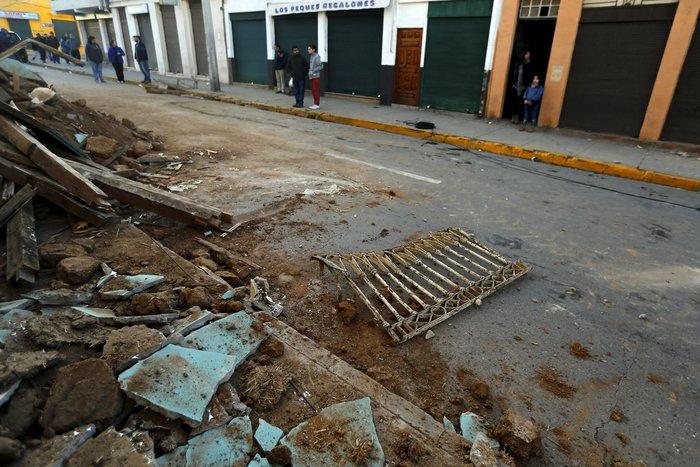 Δέκα νεκροί και ένα εκατομμύριο άστεγοι στη Χιλή (φωτογραφίες & βίντεο) - εικόνα 7