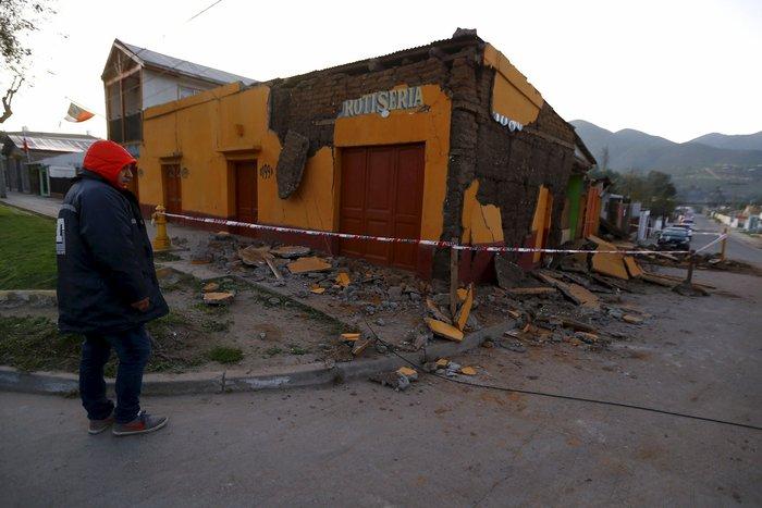 Δέκα νεκροί και ένα εκατομμύριο άστεγοι στη Χιλή (φωτογραφίες & βίντεο) - εικόνα 8