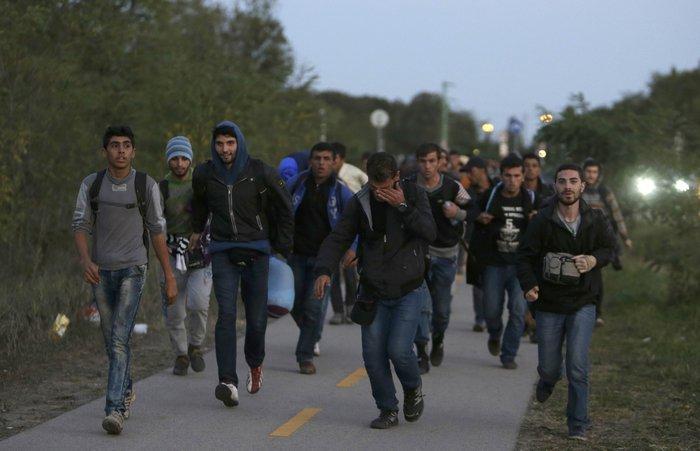 Οι 28 αναζητούν ξανά «λύση» για το προσφυγικό - εικόνα 2