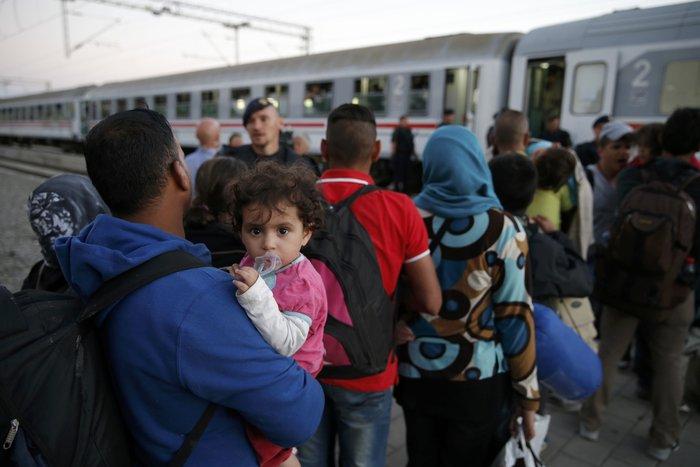 Οι 28 αναζητούν ξανά «λύση» για το προσφυγικό - εικόνα 3