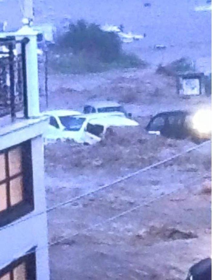 Βιβλική καταστροφή στη Σκόπελο από τη νεροποντή - εικόνα 4