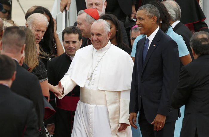 Πρώτη φορά στις ΗΠΑ ο πάπας Φραγκίσκος: η υπόκλιση Ομπάμα - εικόνα 2