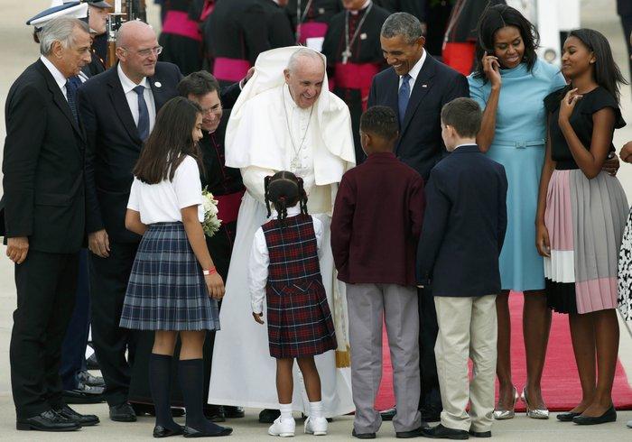 Πρώτη φορά στις ΗΠΑ ο πάπας Φραγκίσκος: η υπόκλιση Ομπάμα - εικόνα 13