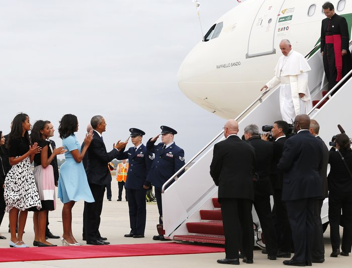 Πρώτη φορά στις ΗΠΑ ο πάπας Φραγκίσκος: η υπόκλιση Ομπάμα - εικόνα 19
