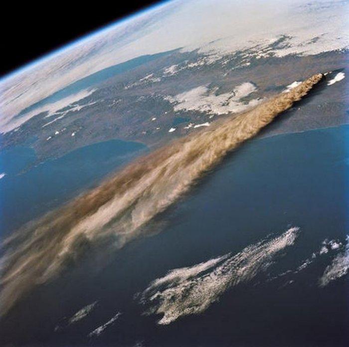 Εκρήξεις ηφαιστείων από το διάστημα - Εκπληκτικές φωτογραφίες της ΝΑΣΑ - εικόνα 4