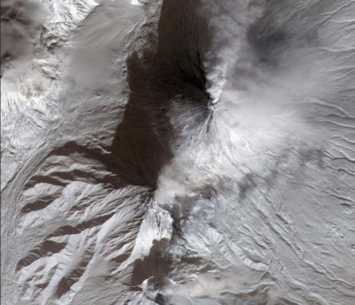 Εκρήξεις ηφαιστείων από το διάστημα - Εκπληκτικές φωτογραφίες της ΝΑΣΑ - εικόνα 11