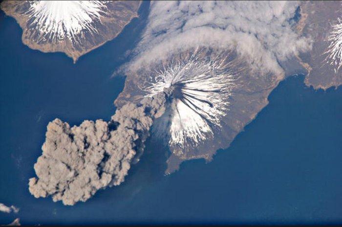Εκρήξεις ηφαιστείων από το διάστημα - Εκπληκτικές φωτογραφίες της ΝΑΣΑ - εικόνα 13
