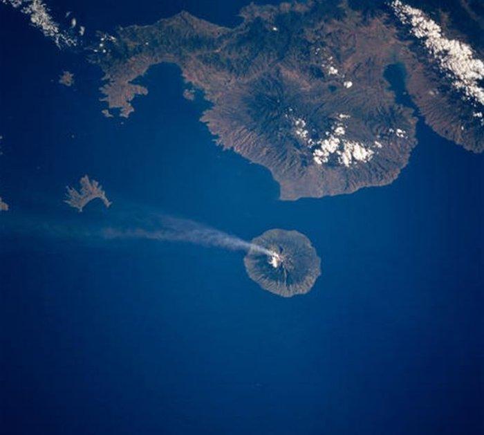 Εκρήξεις ηφαιστείων από το διάστημα - Εκπληκτικές φωτογραφίες της ΝΑΣΑ - εικόνα 16