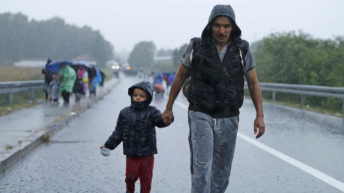 H Πολωνία θα χτίσει καταυλισμούς για 7.000 μετανάστες