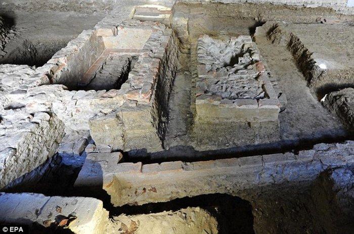 Είναι αυτός ο σκελετός και ο τάφος της Μόνα Λίζα του Ντα Βίντσι; - εικόνα 3