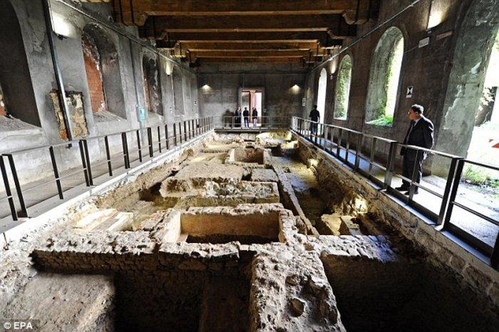 Είναι αυτός ο σκελετός και ο τάφος της Μόνα Λίζα του Ντα Βίντσι; - εικόνα 4