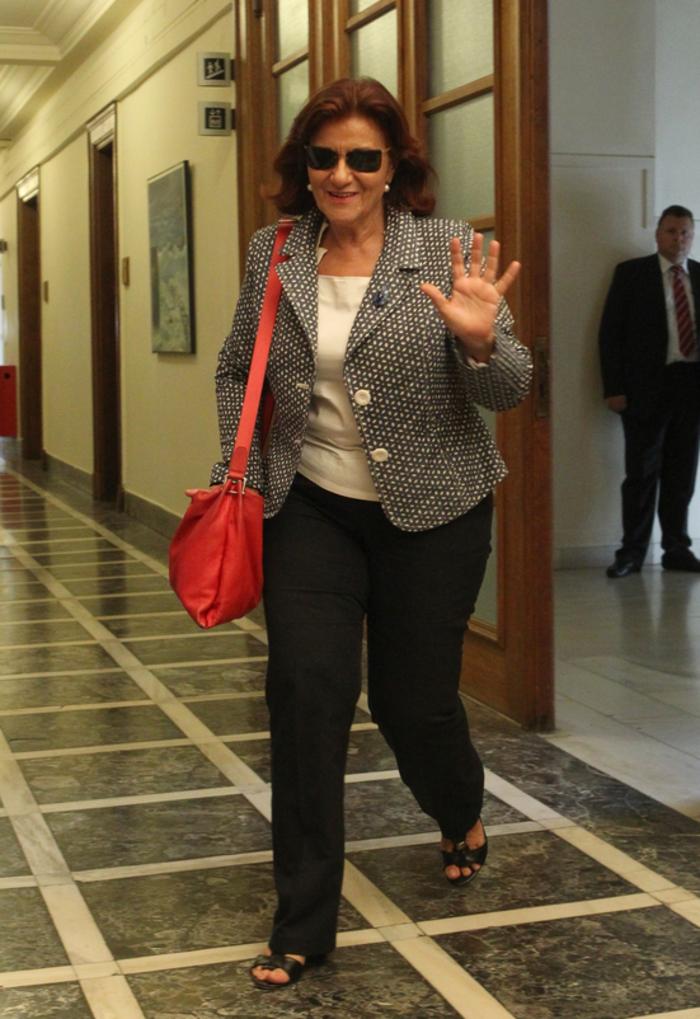 Δείτε τι φόρεσαν στο υπουργικό οι γυναίκες υπουργοί της κυβέρνησης - εικόνα 5