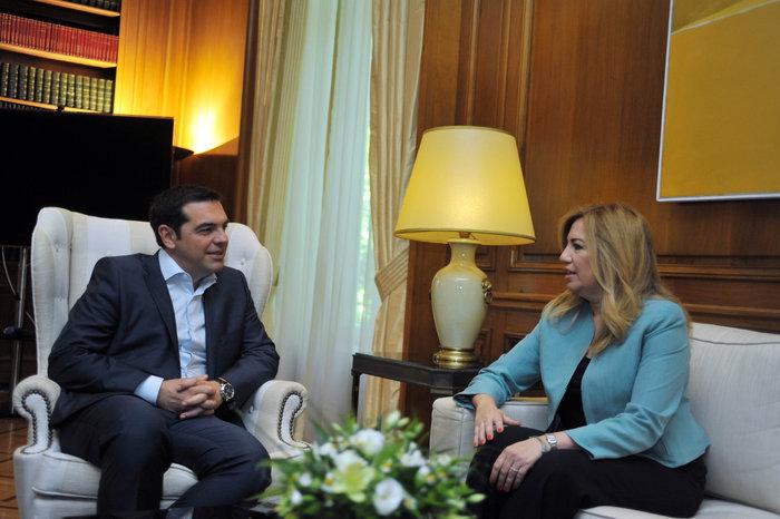 Η πυξίδα του ΣΥΡΙΖΑ τώρα δείχνει... κεντροαριστερά