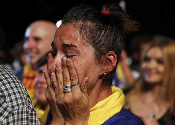 Μεγάλη νίκη των αυτονομιστών στην Καταλονία - εικόνα 3