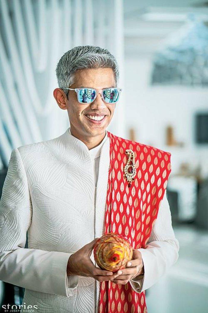 Ο γαμπρός Aditya Parekh