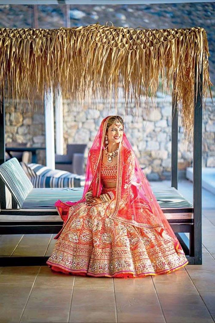 Η νύφη Mallika Tarkas