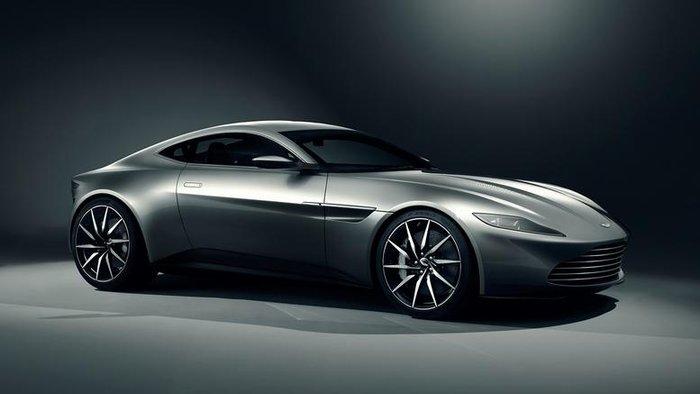 Επτά Aston Martin διέλυσε ο James Bond στο Spectre