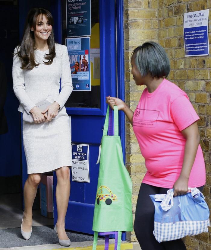Οι φωτογραφίες που αποδεικνύουν την τρίτη εγκυμοσύνη της Κέιτ Μίντλετον - εικόνα 5