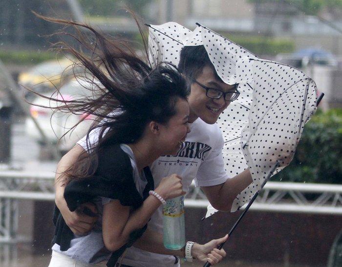 Σούπερ τυφώνας σάρωσε την Ταϊβάν