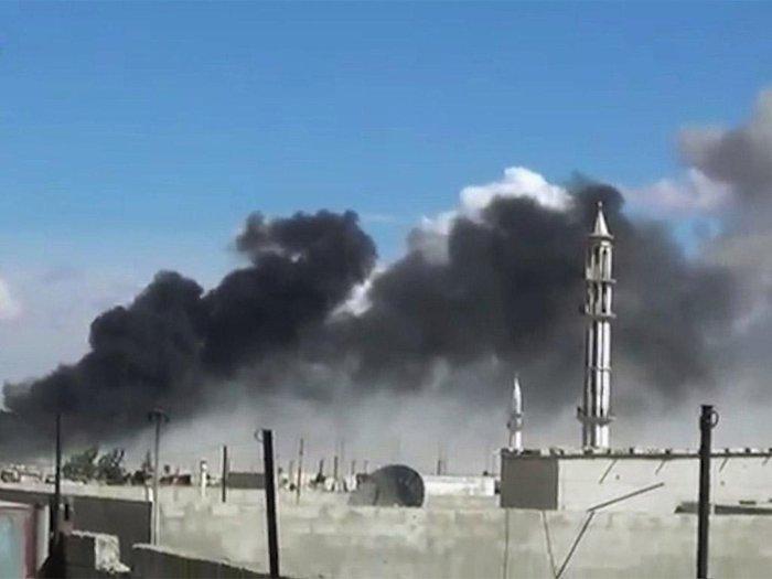 Σφυροκοπούν τη Συρία τα ρωσικά βομβαρδιστικά